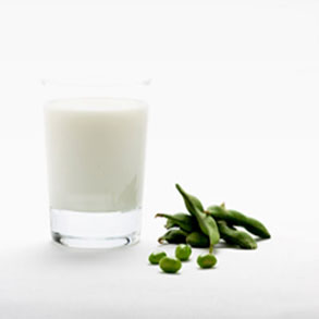 Vegan and Vegetarian protein rich foods for a healthy vegetarian or vegan meals, including soymilk.
