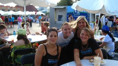Volunteers at Veggie fest 09.jpg