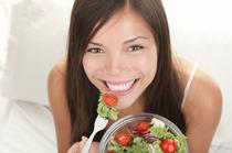 Woman-eating-Salad-skin.jpeg